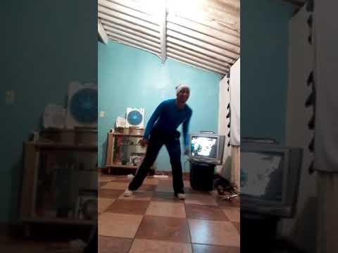 Clive Msomi Dance fitness to Scelo Gowane - _Uma_Esehamba