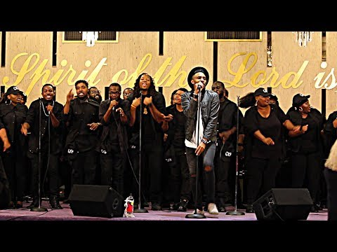 LXW Chicago  |  Performance at James Fortune Concert