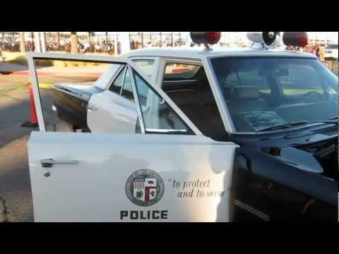 Classic police cars - 1969 LAPD Plymouth Belvedere with 330 HP V8 engine