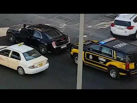 Strict police checking everywhere in #Kuwait - Dauer: 107 Sekunden