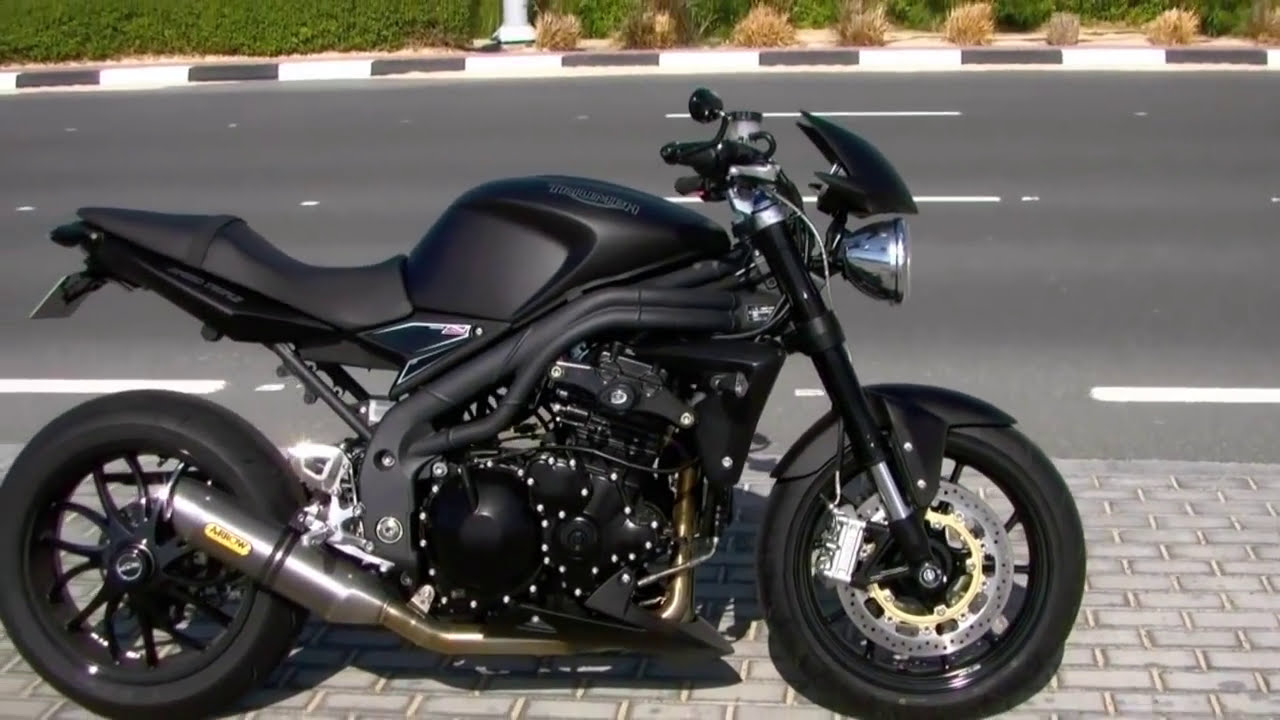 Triumph Speed Triple With Arrows 3-1 - Tbadger - TheWikiHow