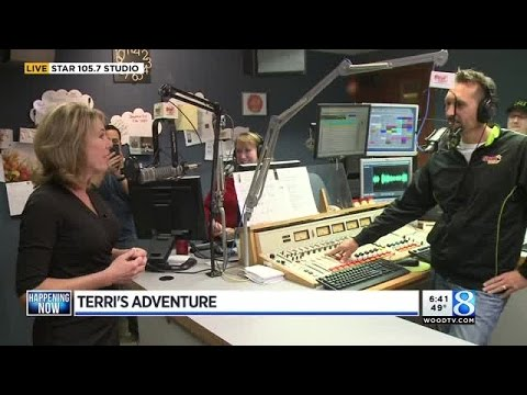 : Terri DeBoer flips the switch to Christmas music at 1057