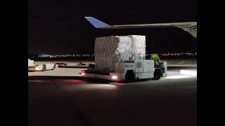 CyL recibe 4 aviones con material sanitario