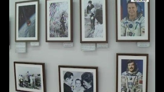 В Чебоксарах показали уникальные фотографии Андрияна Николаева и Валентины Терешковой