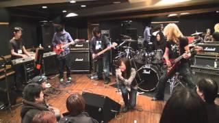 2010年11月14日に開催されたEVANESCENCEカヴァーセッション「Whisper」...