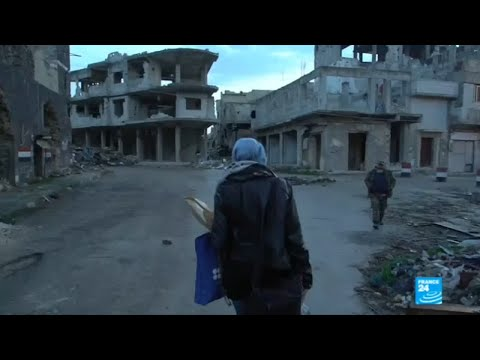 Syria: Homs residents start rebuilding war-torn city