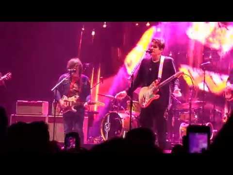 John Mayer and Ryan Adams Come Pick Me Up the forum 2017 - YouTube