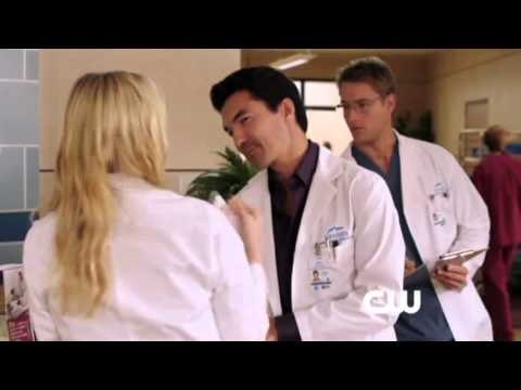 """Download Emily Owens M.D. 1x10 Promo """"Emily and... the Social Experiment"""""""