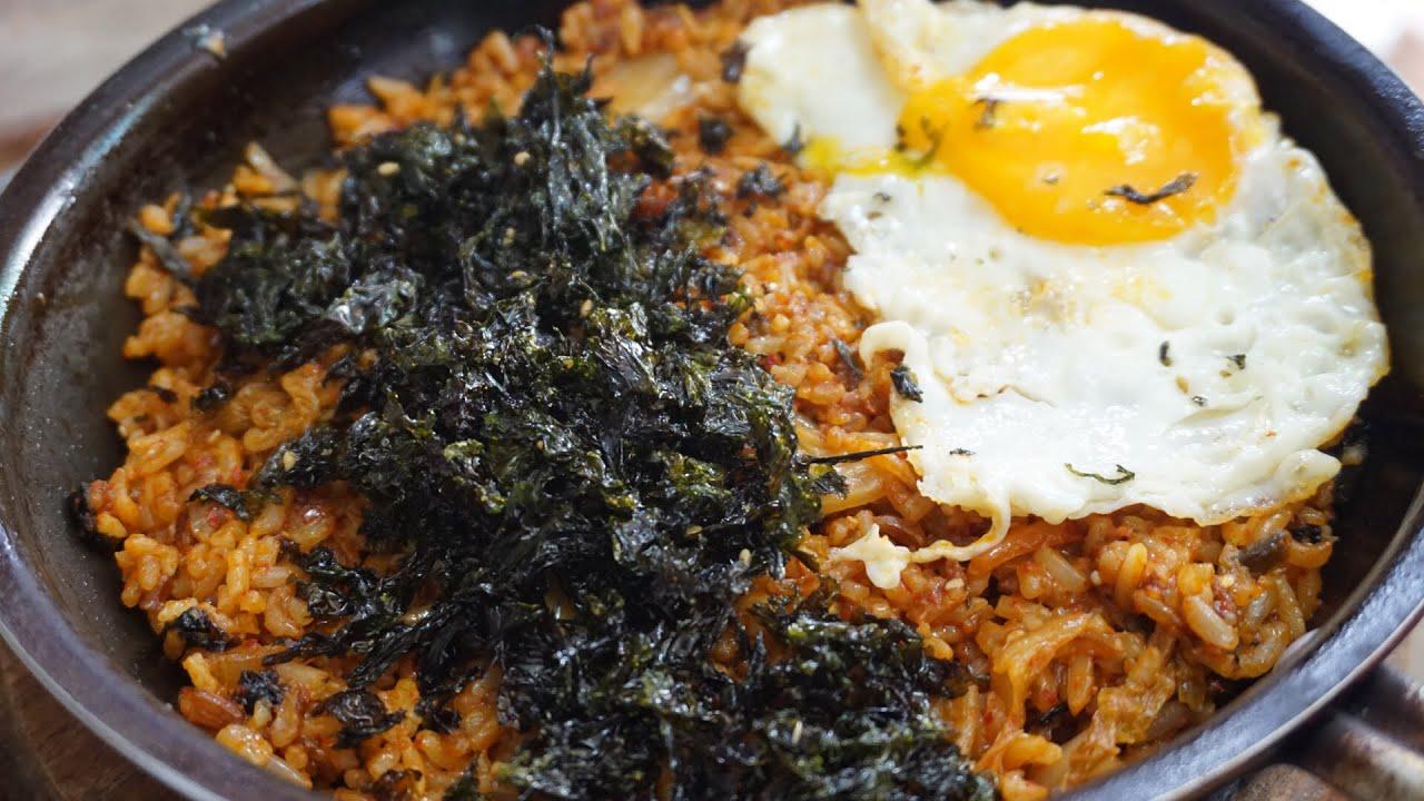 Resep Nasi Goreng Kimchi Kimchi Fried Rice Cooking Eating Youtube