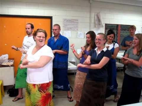 WorldTeach American Samoa: Learning a Traditional Dance at Orientation