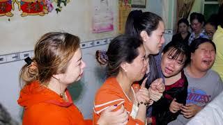 LE TANG BA HA / DANG THEO YEU CAU GIA DINH