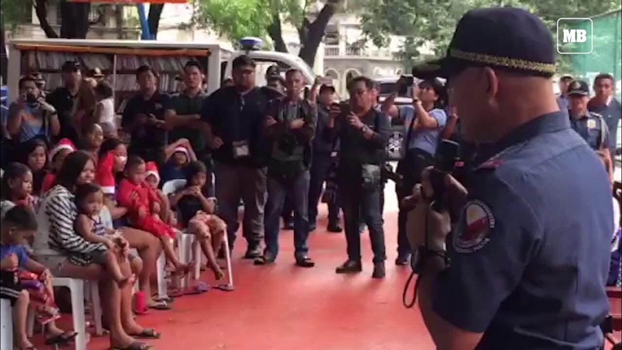 PNP Chief Albayalde leads gift giving in Manila