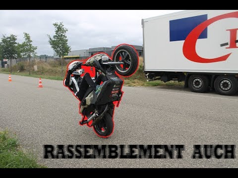 RASSEMBLEMENT AUCH | ON M'APPREND A CONDUIRE UNE MOTO