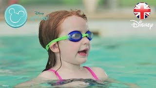 HEALTHY LIVING | Family Swimming Games – Dive Like Dory! | Official Disney UK