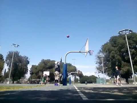 Daryl Hubbell & Jimi Davis beaten by Daija Jolie @ Mar Vista Recreations Park Los Angeles!