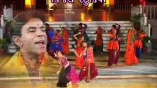 gujarati chumundama garba songs - chotile dakla vagya - album : aavo to ramvane