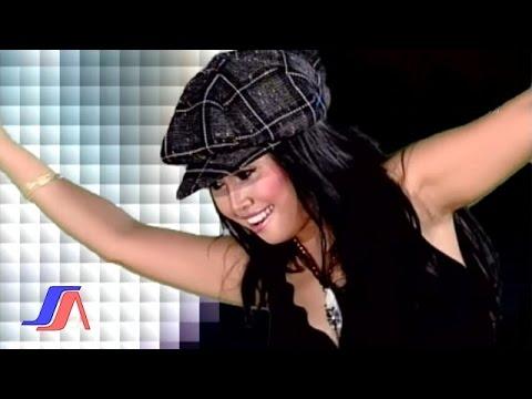 Hesty Damara - Boneka India (Official Music Video)