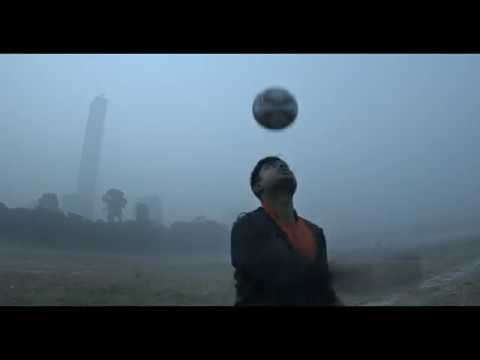Free-Style Footballer - Director's cut - 90 sec