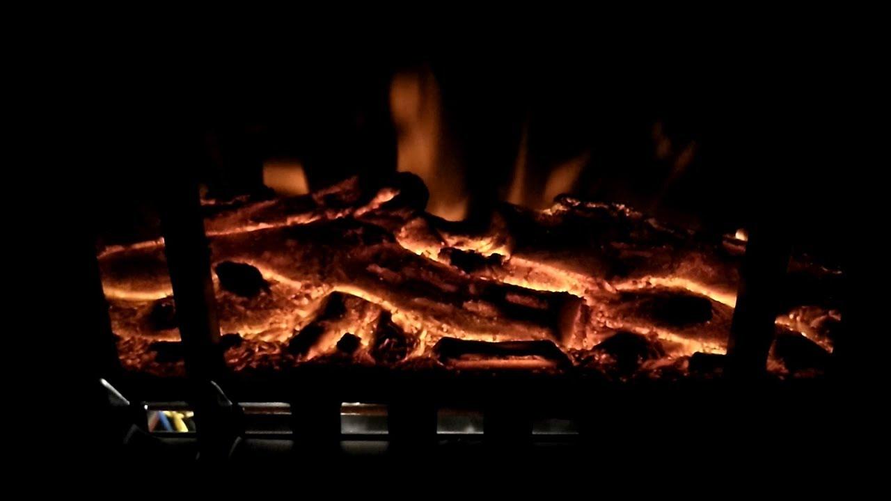 Deuba Elektro Kamin Mit Heizung Und Kaminfeuer Effekt 1000w 2000w Flammeneffekt Ofen