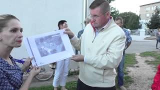 Благоустройство территории рынка стало причиной очередной встречи кандидатов с жителями Детчина(, 2015-08-25T14:35:04.000Z)