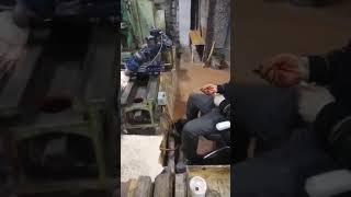 Шлифовка станины токарного станка.