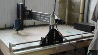 Home made Cnc router mill     Hobbycnc Emc2     first works!