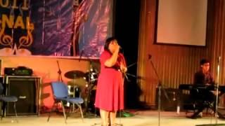 BEAUTIFUL VOICE !!! Singing : Andai Aku Bisa by Chrisye