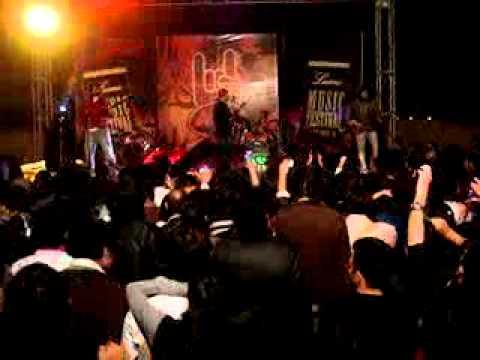 Ali Azmat-Na Re Na Live @ Lums, Lahore...