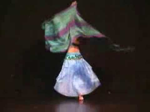 Nakisa dancing on Vivaldi's 4 seasons