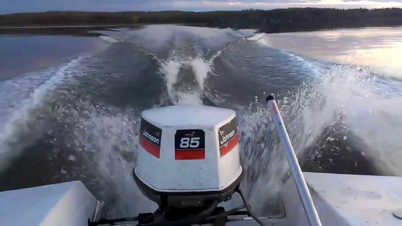 Glastron v 162 futura johnson 85 hp doovi for Johnson marine italia