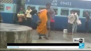 Repeat youtube video Inde : Face aux viols et au harcèlement sexuel, les femmes se révoltent