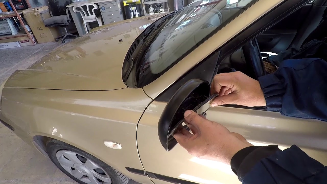 Hyundai Accent 2000 2005 How To Replace The Side Mirror Glass Youtube