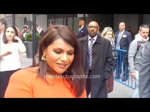 Mindy Kaling Signs Autographs For TopPix