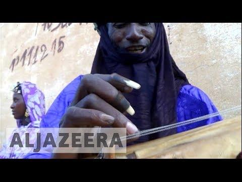 Music helps unite West Africa's Tuareg community