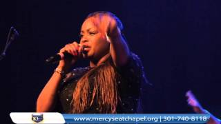 Sinach - I Know Who I Am @ Mercy Seat Chapel