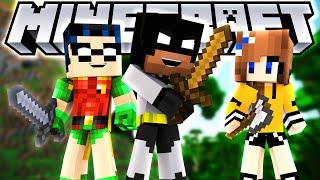Minecraft Hunger Games w/ baby Batman, Robin and Elsa