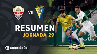 Resumen de Elche CF vs Cádiz CF (1-0)
