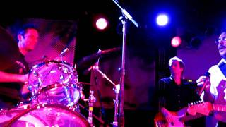 They Might Be Giants - Put Your Hand Inside the Puppet Head (2011-07-30 - The Stone Pony)