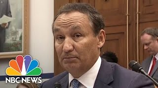 United CEO Apologizes For Treatment Of Doctor Who Was Removed From Plane | NBC News