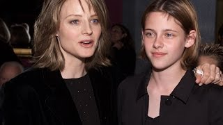 Video Panic Room 2002 || Jodie Foster, Kristen Stewart, Forest Whitaker download MP3, 3GP, MP4, WEBM, AVI, FLV Juni 2017