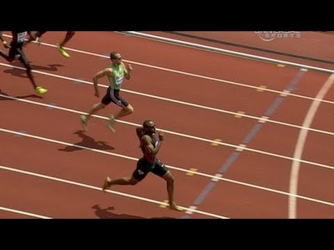 Angelo Taylor Beats Wariner In 400m - From Universal Sports