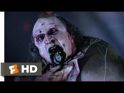 Batman Returns (10/10) Movie CLIP - The Penguin Dies (1992) HD