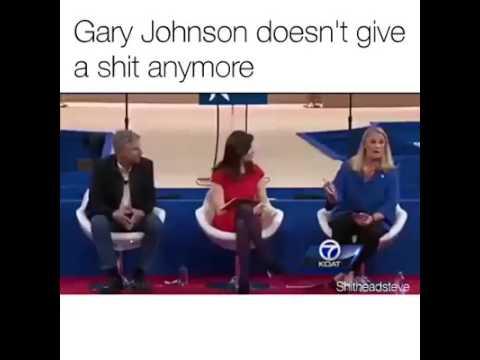 Gov. Gary Johnson fakes a heart attack during marijuana debate.