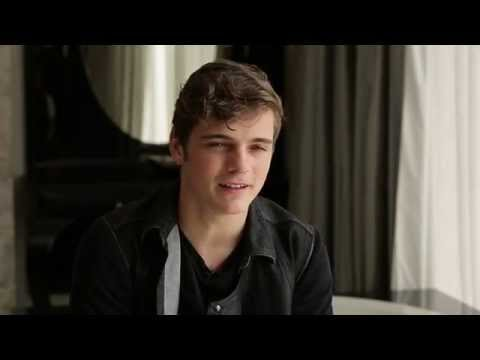 Видео, Martin Garrix on Forbidden Voices
