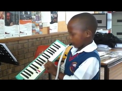 Mvuselelo Zwane the Nomvula blow piano / melodica kid