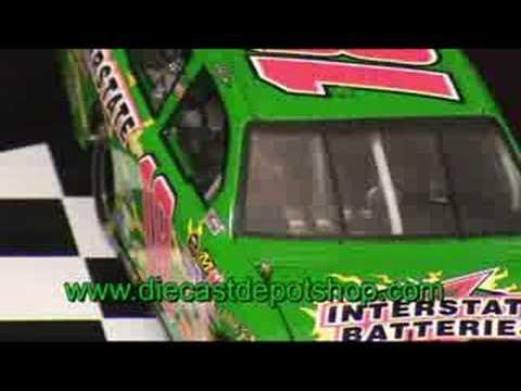 Kyle busch 2008 interstate batteries toyota 1 24 action - Diecastdepotshop ...