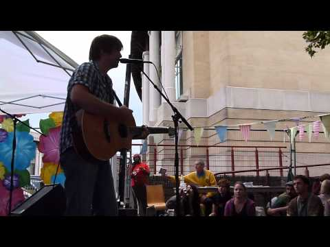 Gaz Brookfield Live @ Brisfest 2011
