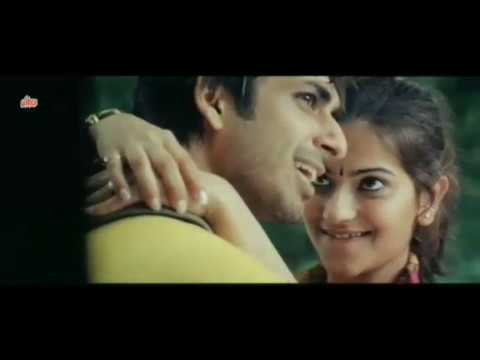 Cute and hot Romantic Indian kiss short film clips thumbnail