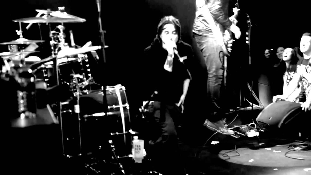Finch - Three Simple Words live at Le Trabendo (Paris ...