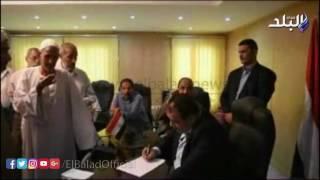 بالفيديو.. محافظ الفيوم يوجه بسرعة حل مشكلة مياه الري بقرية أبو شنب